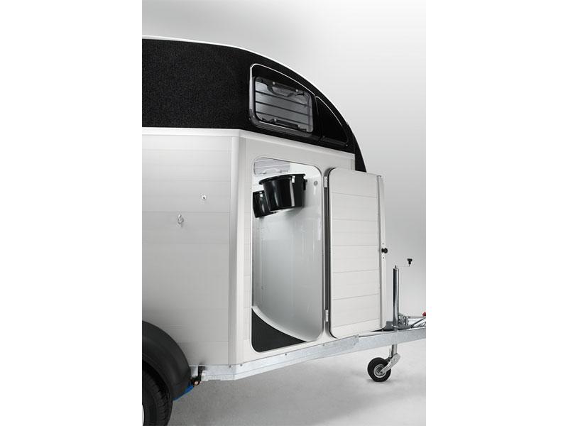 humbaur xanthos aero. Black Bedroom Furniture Sets. Home Design Ideas