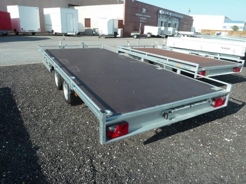 plateau porte voiture 2700kg. Black Bedroom Furniture Sets. Home Design Ideas